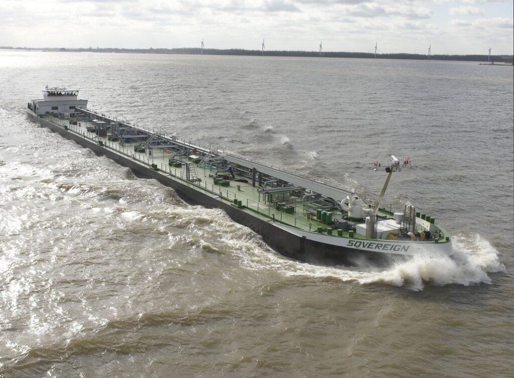 binnenvaartschip Sovereign niveauschakelaar
